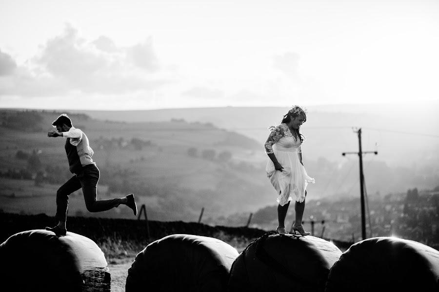Wedding photographer Chris Sansom (sansomchris). Photo of 18.01.2015