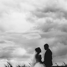 Wedding photographer Aleksandr Astakhov (emillcroff). Photo of 11.08.2015