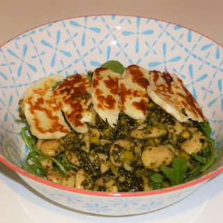 Halloumi, Rocket and Pesto Butter Bean Salad.