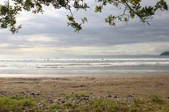 Photo: Man surft