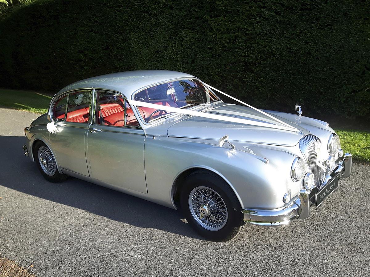 Daimler  V8 250 Hire Worthing