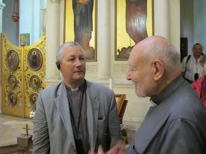 Photo: 13.10.08LaValette : Père Georges Mifsud avec Père Patrick,église grecque catholique ND de Damas