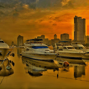 Stand by by Rodel Diaz - Transportation Boats