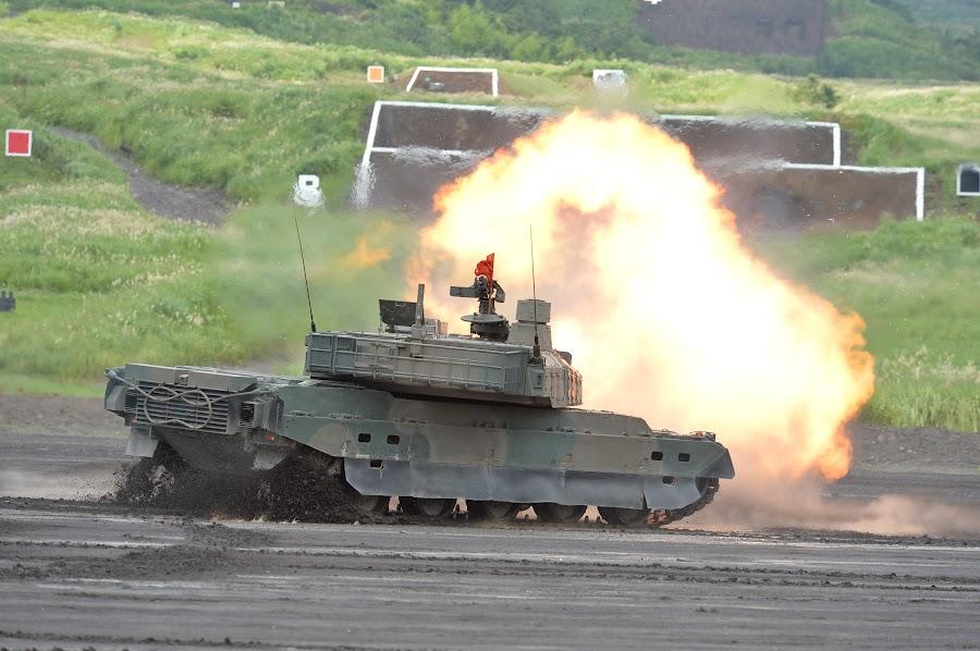 陸上自衛隊:富士総合火力演習:...