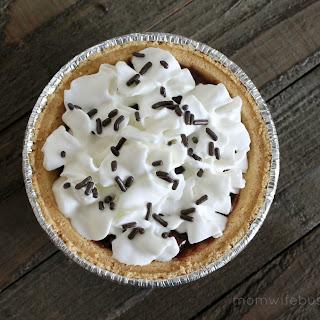 No-Bake Mini Chocolate Pudding Pie