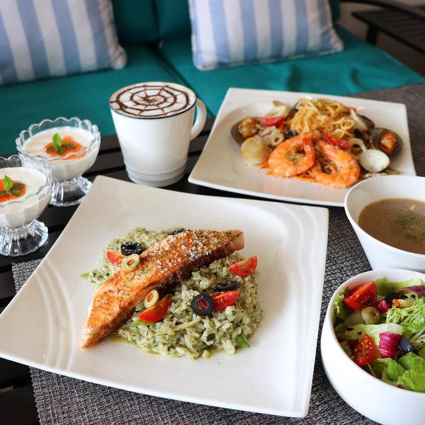 新開幕義式餐廳,巴薩爵斯,享受一頓美好的義式料理、鬆餅甜點下午茶環境優雅舒適,適合聚餐約會!