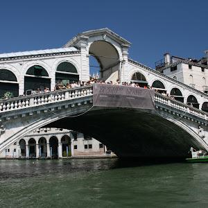 Rialto Bridge.JPG