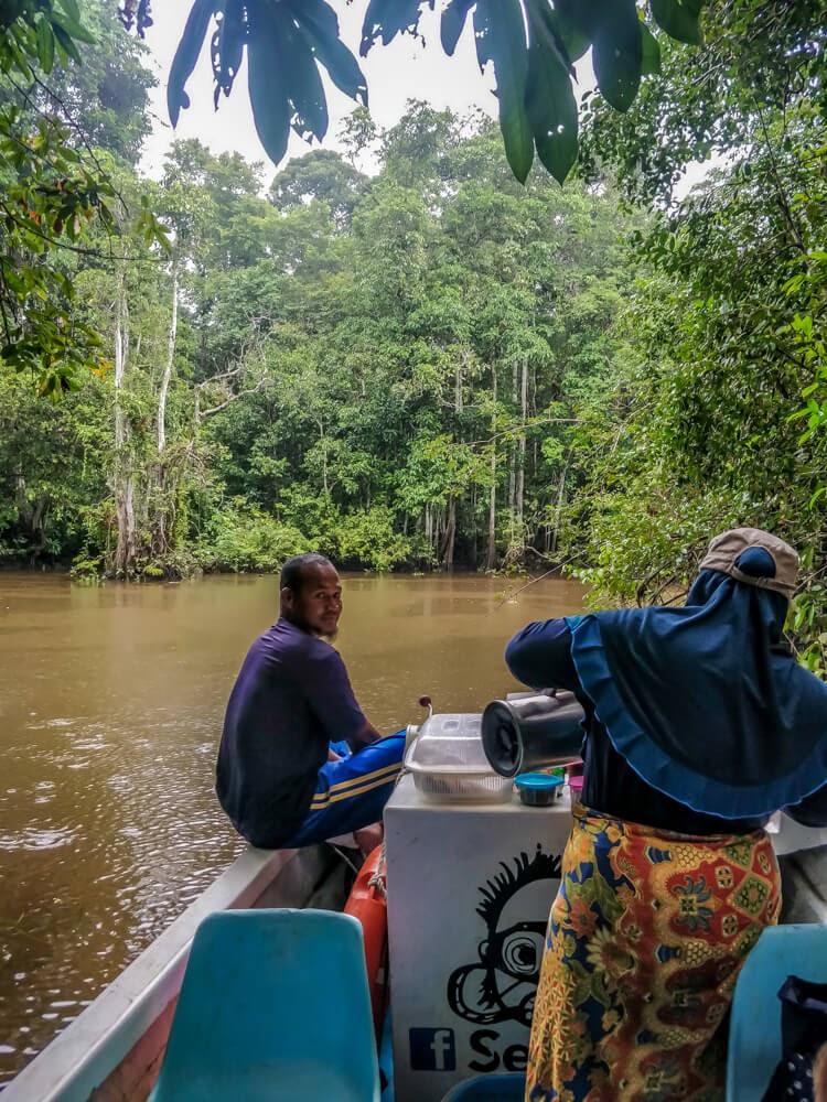 kinabatangan+river+trip+sukau+village+sabah+borneo