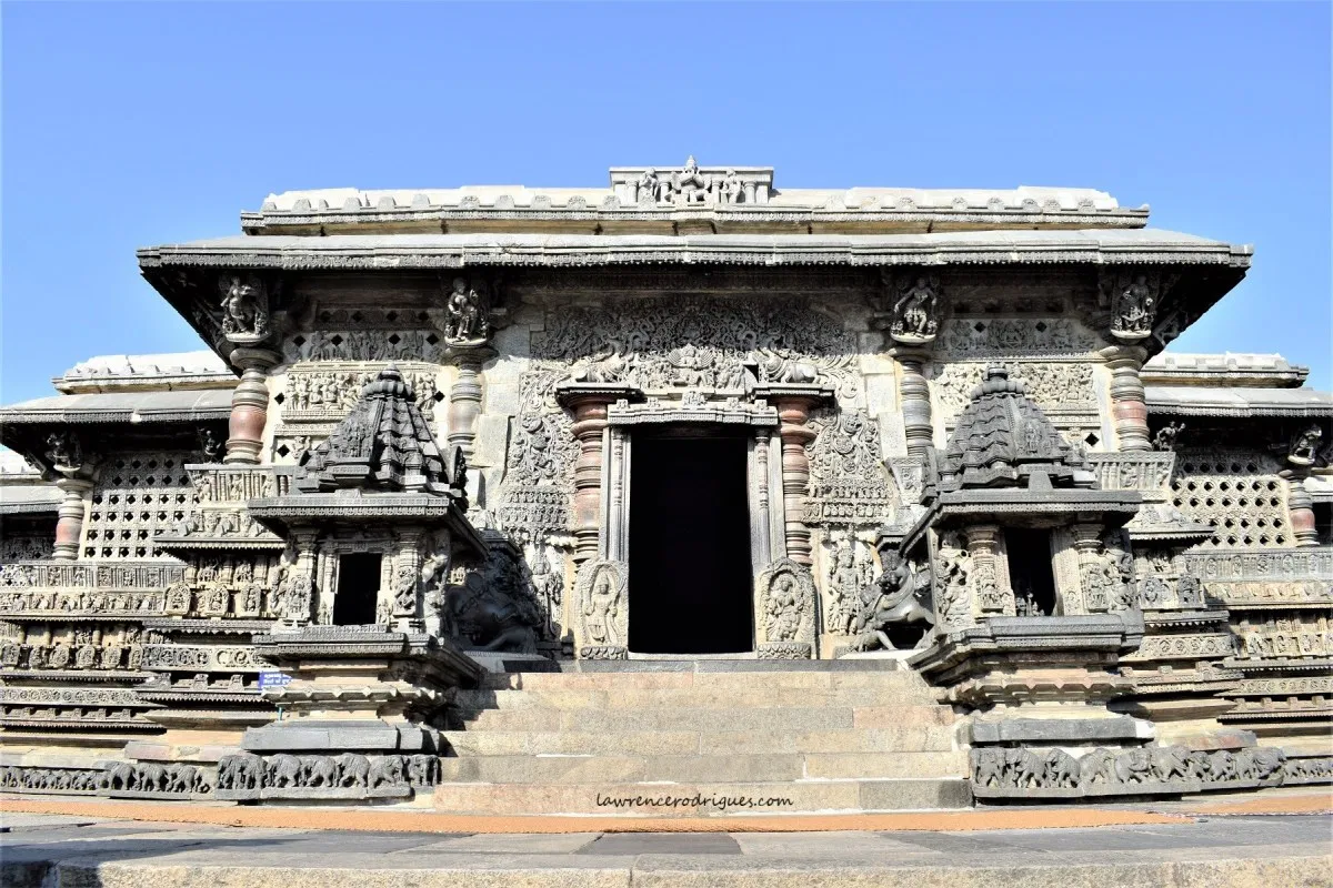 The entrance of the Chennakesava temple. Notice the small shikhar towers on either side, usually placed atop the temple roof