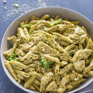 Easy 20 Minute Pesto Chicken and Broccoli Pasta Recipe