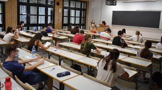 UAL modifica con el respaldo de los estudiantes el reglamento de evaluación