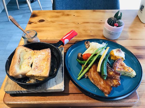 這間走健康路線 餐點會稍微貴一點 因人而喜歡♡♡♡