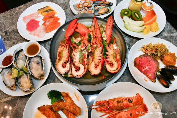 新天地自助百匯~台中吃到飽推薦,有龍蝦、生魚片、鮑魚、生蠔,還有啤酒喝到飽,團體聚餐好選擇