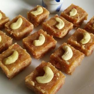 Bread Ki Barfi ( Bread Carrot Burfi)