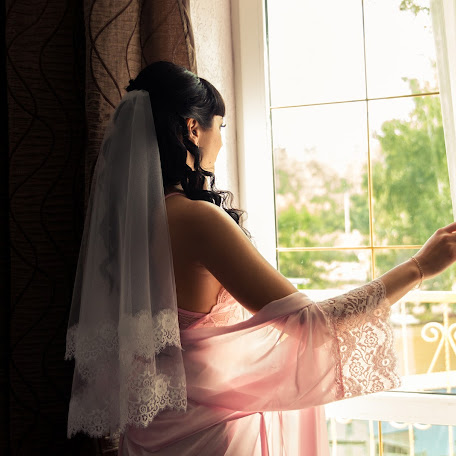 Wedding photographer Marina Bazhanova (id24448806). Photo of 29.01.2018