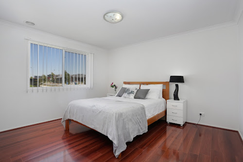 Photo of property at 16 Pettigrew Street, Cranbourne East 3977