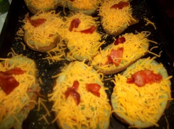Heap each halve with cheese and then remaining bacon. I then sprinkled with some...