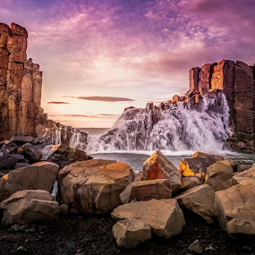 Bombo Big Swell by Jim Merchant - Landscapes Sunsets & Sunrises ( swell, sea, sunrise, seascape, landscape )