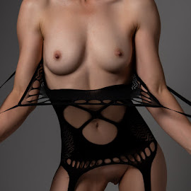 Miss CM by Peter Driessel - Nudes & Boudoir Artistic Nude