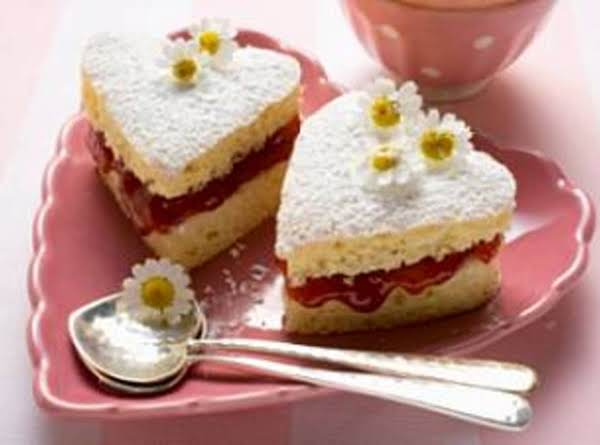 Little Mini Strawberry Heart-shaped Cakes