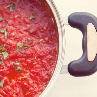 Simple Marinara Tomato Sauce Recipe