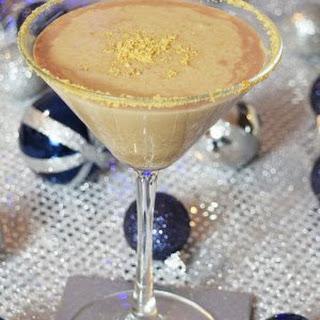 Christmas Alexander, a Festive Winter Cocktail.
