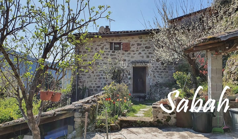 Maison avec terrasse Saint-Sauveur-de-Montagut