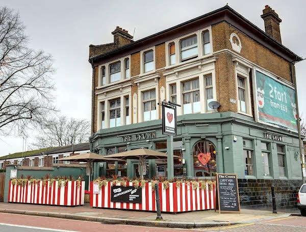 PubLove @ The Crown, Battersea - Hostel