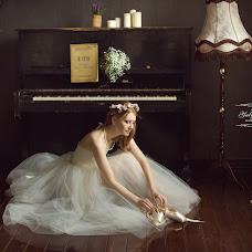 Wedding photographer Yuliya Antusheva (LilitBronte). Photo of 04.05.2014