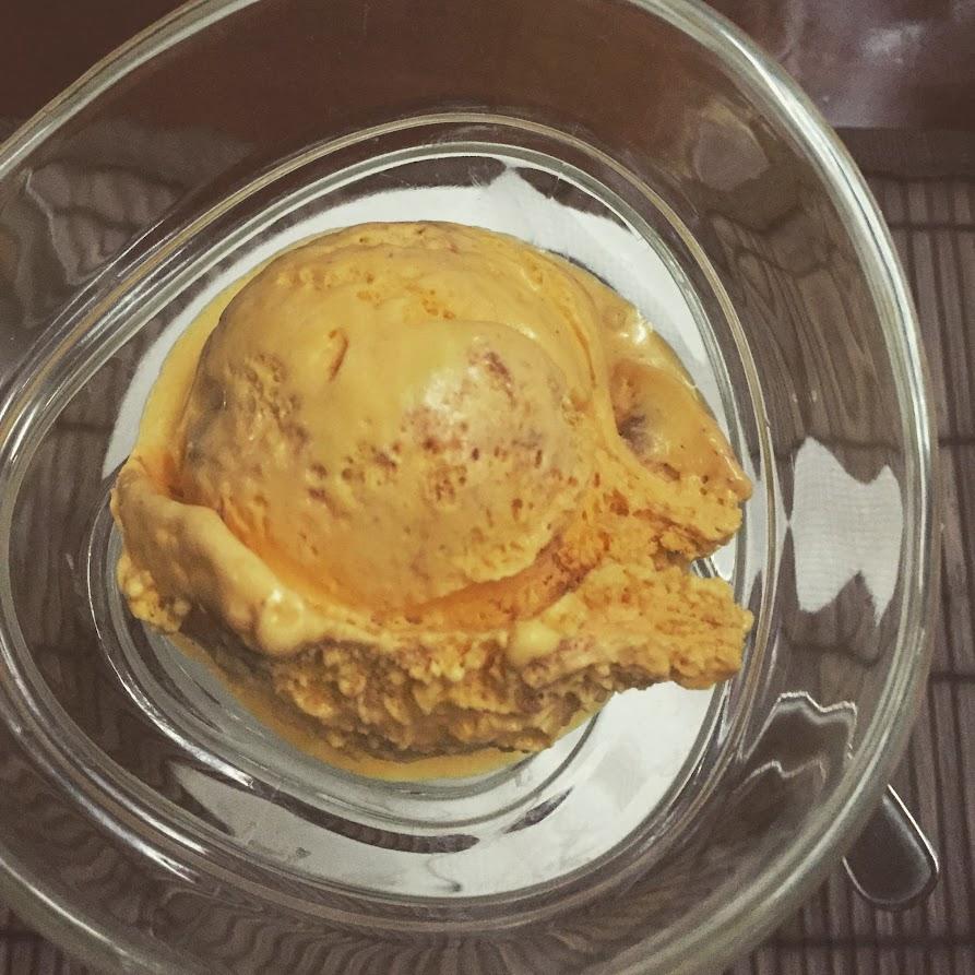 Облепиховое мороженое с калиной и вересковым мёдом
