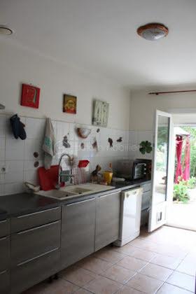 Vente propriété 10 pièces 240 m2