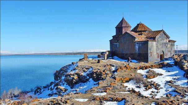 lake-sevan-noratous-hayravank-sevanavank-in-yerevan-