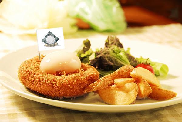 【写真】パン食い競争カレーパンセット