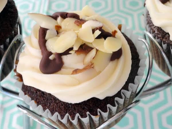 Garam Masala Dark Chocolate Cupcakes