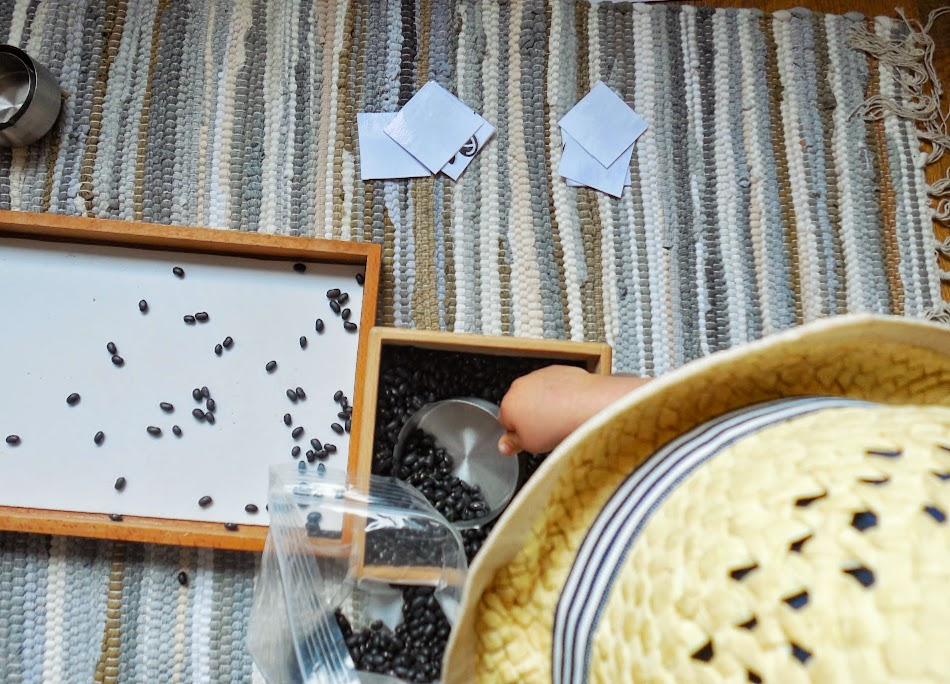 Insects activities for Toddlers and free printable pack by Welcome to Mommyhood