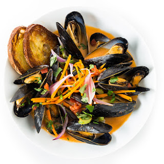 Red Curry Mussels.