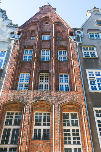 Old-Gdansk-building-2.jpg -  Some of the beautiful architecture in Old Gdansk, Poland.