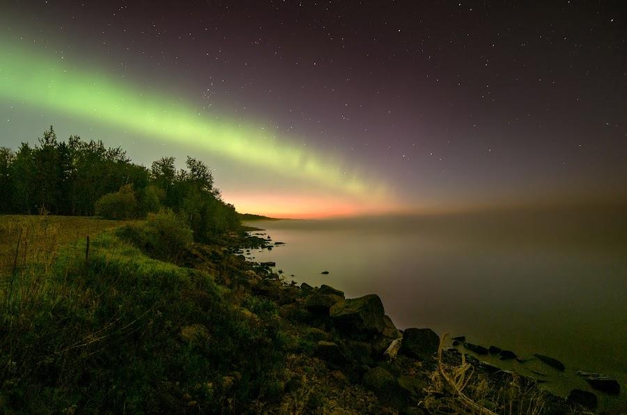 Arc of the North by Glen Sande - Landscapes Starscapes ( northern lights, aurora, aurora borealis, north shore, #destinationduluth, lake superior, duluth mn, glen sande,  )