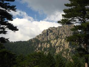 Photo: Sarp dağlar.   Mountains