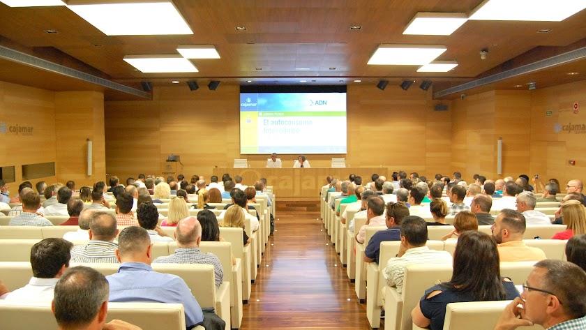 Jornada a la que asistieron ayer más de 200 empresarios del sector agro