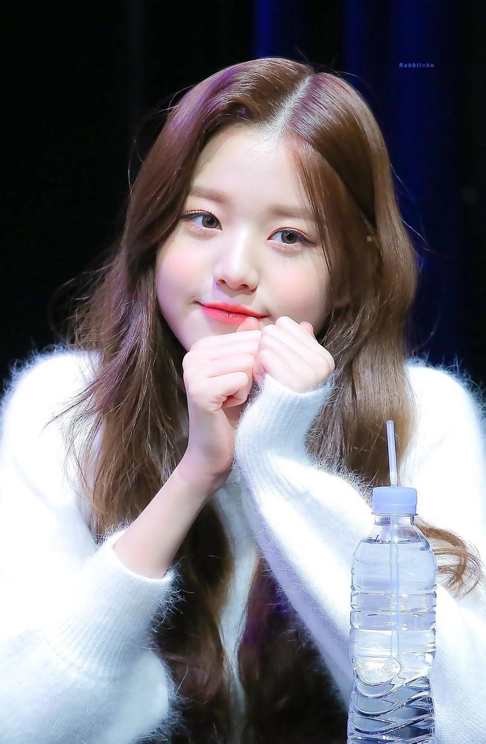Jang.Wonyoung.full.204094
