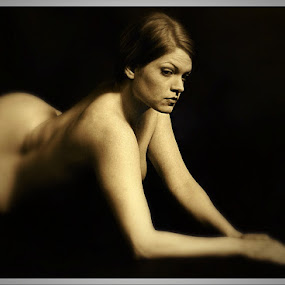 by Solomen Flewellen - Black & White Portraits & People