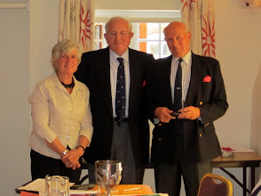 Photo: Chris Welland retiring Commodore receives Gold Medal