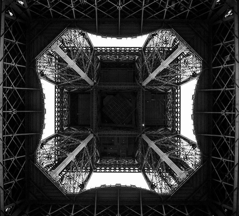 Sotto 10100000 kg di ferro di ph. Manuela Condelli