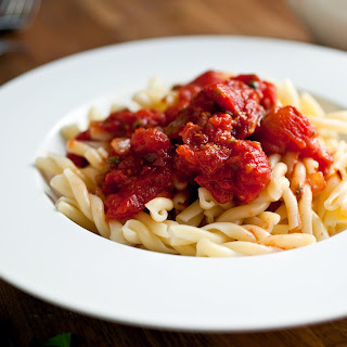 Pungent Tomato Sauce With Capers and Vinegar