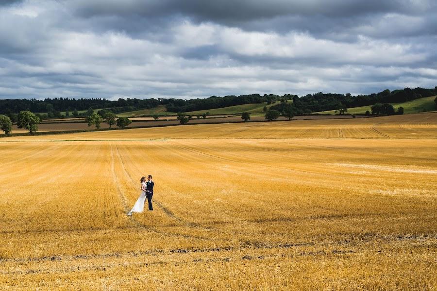 Wedding photographer Aaron Storry (aaron). Photo of 23.08.2016