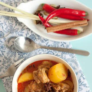 Malaysian Chicken Curry (Kari Ayam).