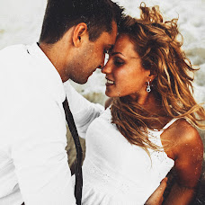 Wedding photographer Konstantin Litvinov (Km27). Photo of 20.04.2016