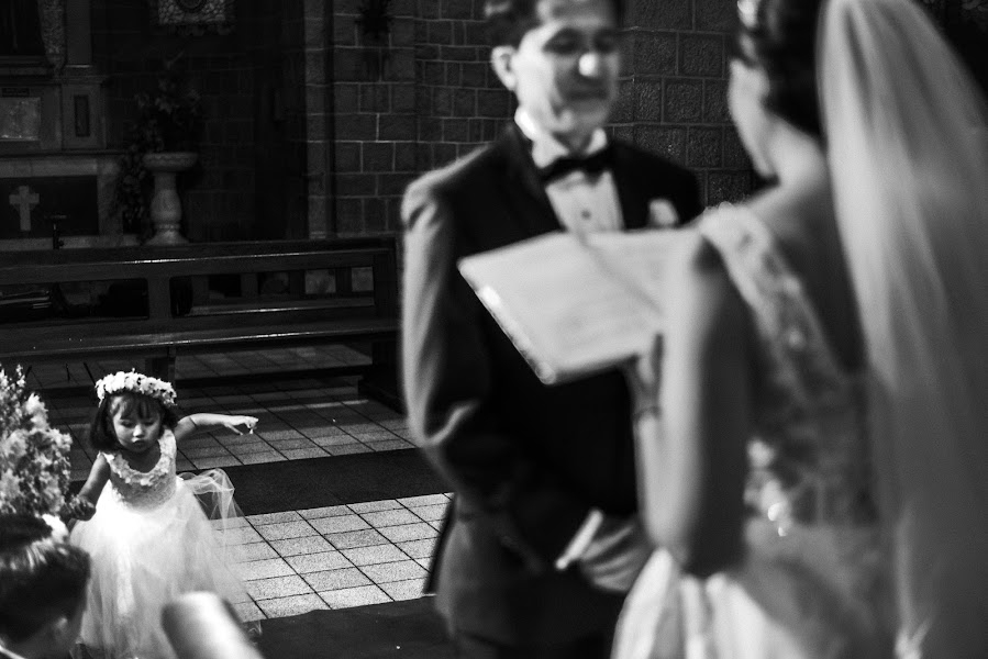 Wedding photographer Valery Garnica (focusmilebodas2). Photo of 03.05.2019