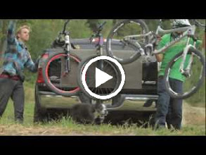 Video: What do you get when you cross the insight of legendary freeride mountain biker Jeff Lenosky with the technical knowhow of Teva? You get a shoe that any mountain biker will appreciate -- The Links.  The Links: http://bit.ly/mWFoS2